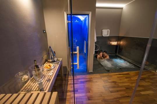 vasca idromassaggio private spa realizzazione centri benessere piscine